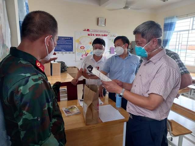 Mô hình Trạm y tế lưu động phát huy tốt hiệu quả chăm sóc người nhiễm COVID-19 ngay từ cơ sở