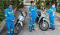 Được tặng 4 xe máy, nữ lao công bị cướp ở Hà Nội tặng lại đồng nghiệp khó khăn