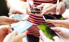 Xem xét giảm giá cước viễn thông, phí giao dịch ngân hàng