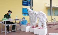 Thêm nhiều học sinh mắc COVID-19, quân y hỗ trợ Hà Nam xét nghiệm sàng lọc diện rộng