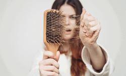 Ủ bia chống rụng tóc mùa thu: Chuyên gia nói gì?