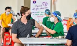 Ứng dụng công nghệ trong tiêm chủng COVID-19 tại Nhà Bè, người dân có QR CODE