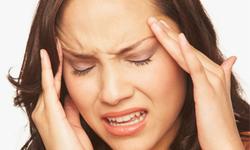 Trị một số tình trạng đau đầu bằng thuốc chườm và sắc