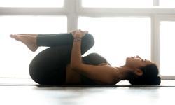 8 động tác kéo giãn đơn giản giúp giảm đau thắt lưng cực hiệu quả