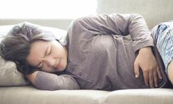 7 cách để giảm chướng bụng, đầy hơi kỳ kinh nguyệt
