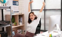 9 nguyên tắc vàng đảm bảo sức khỏe phụ nữ văn phòng