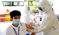 Hơn 200.000 công nhân ở Bắc Giang được tiêm vaccine COVID-19 để phục hồi sản xuất