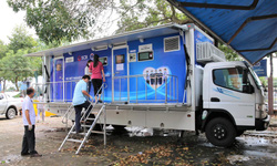 Xe xét nghiệm lưu động tại các điểm nóng đi vào hoạt động ở Tiền Giang