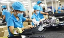 BHXH Việt Nam đồng hành, tháo gỡ khó khăn cho người lao động, doanh nghiệp vượt qua đại dịch