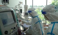 Điều trị stress cho người mắc COVID-19: Chia sẻ của bác sĩ từ trong tâm dịch