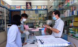 Phạt 10 cơ sở kinh doanh, bán lẻ thuốc chữa bệnh không tuân thủ các biện pháp phòng, chống dịch