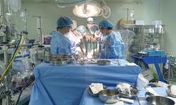 """Điều trị thành công 4 bệnh nhân tim nặng trong """"vòng vây"""" COVID-19"""