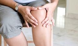 Xoa  bóp giảm đau nhức do thoái hóa khớp gối