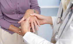 Cách phát hiện sớm bệnh viêm khớp