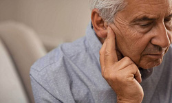 Thủ thuật điều trị chứng ù và điếc tai