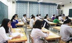 Ngày đầu tiên tuyển sinh lớp 10 THPT ở Hà Nội: 5 em bị đình chỉ, vẫn tái diễn lỗi mang điện thoại di động