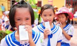 Mới: Bộ Y tế quy định hàm lượng 21 vi chất dinh dưỡng phải có trong sữa tươi học đường