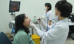 Bác sĩ chỉ cách tránh viêm họng trong mùa lạnh