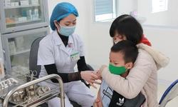 Bệnh cúm dễ nhầm với cảm lạnh thông thường, phân biệt cách nào?