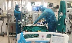 Nữ công nhân tổn thương phổi nghiêm trọng, lọc máu 6 lần thoát chết COVID-19 hi hữu