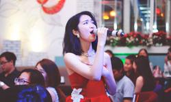 Liên tiếp ủng hộ tiền chống dịch, Hòa Minzy được khen đẹp người đẹp nết