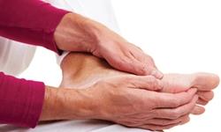 Tê chân tê tay kéo dài - Không nên chủ quan kéo hối không kịp