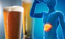 """Bia rượu và tổn thương gan: Trả giá vì """"nuông chiều"""" bản thân"""