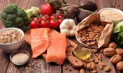 Dinh dưỡng cho người cao tuổi, phòng ngừa và hỗ trợ xử lý bệnh nền
