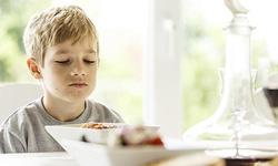 5 bí quyết đơn giản giúp mẹ cải thiện biếng ăn cho con trong mùa hè