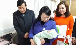 Bộ trưởng Bộ Y tế thăm, chúc Tết Mậu Tuất một số Bệnh viện của Hà Nội