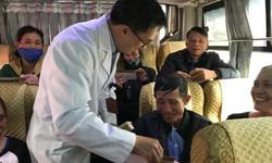 32 chuyến xe miễn phí đưa hơn 1000 người bệnh, người nhà bệnh nhân về quê đón Tết