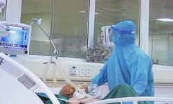 Lực lượng điều dưỡng là chiến sĩ trên mặt trận tuyến đầu chống dịch COVID-19