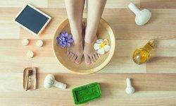 6 cách đơn giản chăm sóc bàn chân mùa lạnh