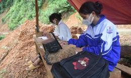 Qua phản ánh của báo Sức khỏe & Đời sống, học sinh Vân Kiều ở Quảng Bình thoát cảnh tìm sóng học online