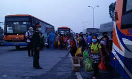 Đảm bảo an toàn cho người dân từ vùng dịch về quê, mở lại vận tải khách đường bộ liên tỉnh