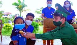 'Tủ mì yêu thương' ấm lòng đồng bào vùng biên giới ở Thừa Thiên Huế