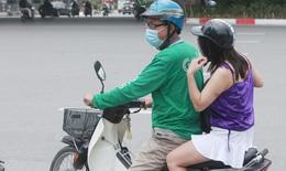 Các bến xe ở Hà Nội im ắng, hành khách lủi thủi quay về