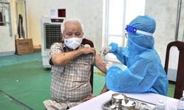 Quảng Bình: Người từ 50 tuổi trở lên sẽ được ưu tiên tiêm vaccine phòng COVID-19