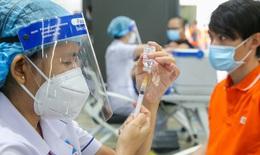 Trưa 5/10: 49% người trên 18 tuổi tiêm ít nhất một liều vaccine COVID-19; Tây Ninh, Bến Tre ghi nhận thêm F0