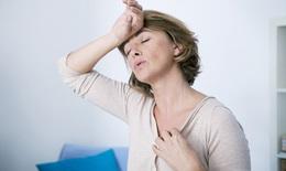 Phụ nữ phải 'chịu đựng' 11 triệu chứng mãn kinh trong mấy năm?