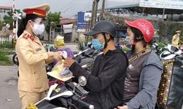 Thủ tướng yêu cầu đảm bảo người dân có nhu cầu về quê được đưa đón an toàn, chu đáo