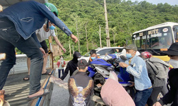 Nghệ An huy động 100 xe trung chuyển hỗ trợ bà con về quê an toàn