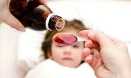 Bác sĩ nhi khoa hướng dẫn cách dùng thuốc hạ sốt tại nhà cho trẻ trong mùa dịch COVID-19