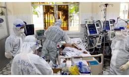 Bác sĩ từ Huế hỗ trợ Đồng Tháp điều trị bệnh nhân COVID-19 nặng