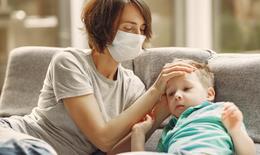 Biến thể Delta tấn công trẻ em với những triệu chứng nặng