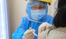 """Tiêm vaccine phòng COVID-19  cho mẹ, chủ động bảo vệ """"đối tượng kép"""""""