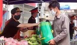 Thủ tướng đề nghị cấp ngay lương thực cho người nghèo, không để bất kỳ ai bị thiếu đói