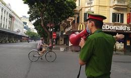 Số người bị xử phạt vi phạm về phòng, chống dịch COVID-19 ở Hà Nội giảm mạnh