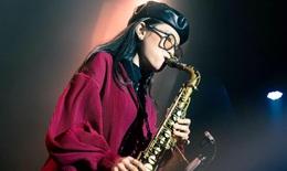 An Trần, ái nữ của nghệ sĩ saxophone Trần Mạnh Tuấn sắp soán ngôi... cha