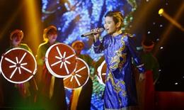 Nhật Minh giọng hát Việt nhí lan toả âm nhạc ngày Vu Lan